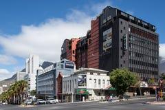 Le coin des rues de Buitengracht et de Wale dans la ville du ` s de Cape Town Photographie stock libre de droits