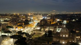 Le Colosseum ou le Colisé, Flavian Amphitheatre à Rome, Italie banque de vidéos