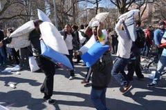 Le combat d'oreiller de 2015 NYC 123 Images libres de droits