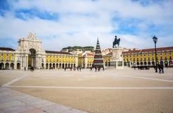 Le commerce Praca carré font Comercio à Lisbonne Image stock