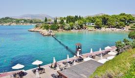 Le complexe actif d'hôtel de palais (Westin et Arion) à Vouliagmeni, près d'Athènes, la Grèce Image libre de droits