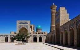 Le complexe architectural de POI Kalyan à Boukhara, l'Ouzbékistan Photographie stock libre de droits
