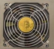 Le concept Bitcoin Ethereum de finances et de technologie inventent sur la puissance suply Photographie stock libre de droits
