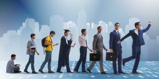 Le concept d'affaires avec l'homme progressant par des étapes Photo stock
