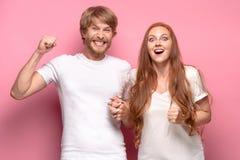 Le concept d'amour, de famille, de sports, d'entretainment et de bonheur Images stock