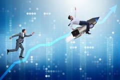 Le concept de concurrence avec deux hommes d'affaires Images stock
