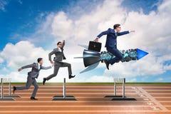 Le concept de concurrence avec l'homme d'affaires et la fusée Photographie stock