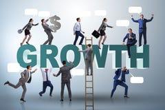 Le concept de croissance avec beaucoup d'hommes d'affaires photographie stock libre de droits