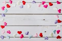 Le concept de l'amour, l'espace pour le texte sur le fond en bois Photographie stock libre de droits