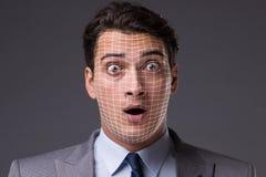 Le concept de reconnaissance des visages avec le portrait d'homme d'affaires photographie stock
