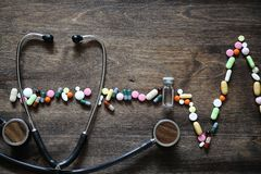 Le concept des soins médicaux pour la maladie cardiaque Images stock
