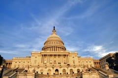 Le congrès des USA au coucher du soleil Images libres de droits