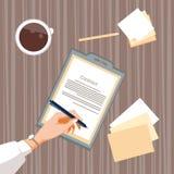 Le contrat s'enregistrent des gens d'affaires d'accord Pen Signature Office Desk de document sur papier Image libre de droits