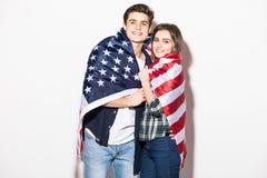 le coppie coprono di bandiera degli Stati Uniti Immagini Stock Libere da Diritti