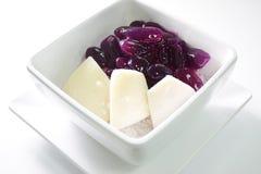 Le coprah avec du lait de noix de coco est le dessert thaïlandais 0288 Photographie stock