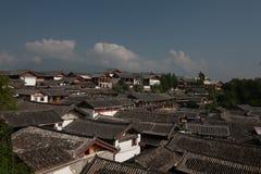 Le costruzioni in Città Vecchia di Lijiang Immagine Stock Libera da Diritti