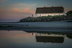Le cottage dans Laytown, Co Équilibre, Cie de gare Photographie stock