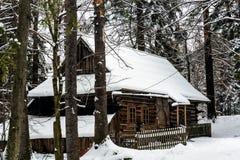 Le cottage des montagnes le plus ancien dans Zakopane Images stock