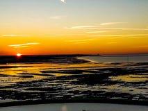 Le coucher du soleil à la baie de Minnis photographie stock