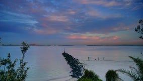 Le coucher du soleil au-dessus des Brighton-Le-sables ?chouent, Sydney, photos libres de droits