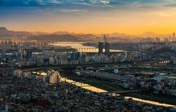 Le coucher du soleil chez la Corée Photos stock