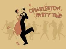 Le couple élégant portant le style de 20 ` s vêtx Charleston de danse Le VE Images libres de droits
