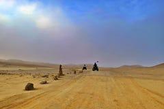 Le croisement de route le désert photos libres de droits
