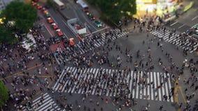 Le croisement de Shibuya est l'un des passages pi?tons les plus occup?s au monde clips vidéos