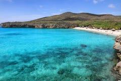 Le Curaçao : Mer bleue des Caraïbes photographie stock libre de droits