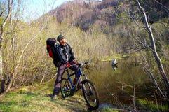 Le cycliste. Photos libres de droits