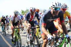 Le cycliste Brent Bookwalter du centre des Etats-Unis d'équipe monte pendant la concurrence olympique de route de recyclage de Ri Image libre de droits