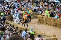Le début de la truffe juste dans alba (Cuneo), a été tenu pendant plus de 50 années, la course d'âne Images libres de droits
