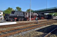 Le défilé annuel au sujet des locomotives à vapeur dans Wolsztyn, Pologne images libres de droits