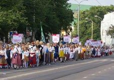 Le défilé de la célébration 2011 de chanson et de danse Photo stock