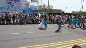 Le défilé 2013 de sirène de Coney Island 84 Image stock