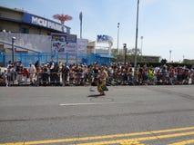 Le défilé 2013 de sirène de Coney Island 90 Photographie stock libre de droits