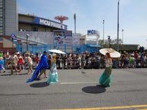 Le défilé 2013 de sirène de Coney Island 93 Image libre de droits