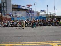 Le défilé 2013 de sirène de Coney Island 204 Image libre de droits