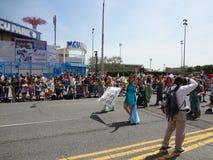 Le défilé 2013 de sirène de Coney Island 216 Photographie stock libre de droits