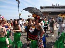 Le défilé 2013 de sirène de Coney Island 261 Photos stock