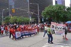 Le défilé dominicain 39 de jour de 2015 NYC Images stock