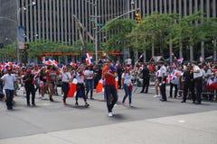 Le défilé dominicain 42 de jour de 2015 NYC Image stock