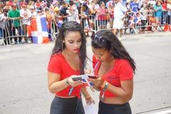 Le défilé dominicain 97 de jour de 2015 NYC Images stock