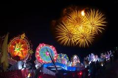 Le défilé du festival d'étoile de Noël en Thaïlande Images libres de droits
