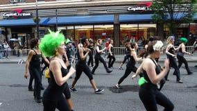 Le défilé New York 139 de 2013 danses Image stock