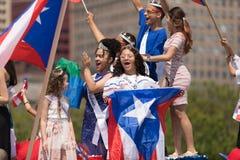Le défilé portoricain 2018 de jour images stock