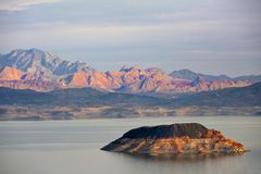 Le désert de Gobi et le Mead Lake de la scène du Colorado Photos stock