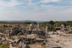 Le désert en pierre (kamani de Pobiti) près de Varna, Bulgarie Photos stock