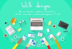 Le développement de Web créent l'équipe de bâtiment de site de conception Photo libre de droits