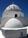 Le dôme d'une petite église Photographie stock libre de droits